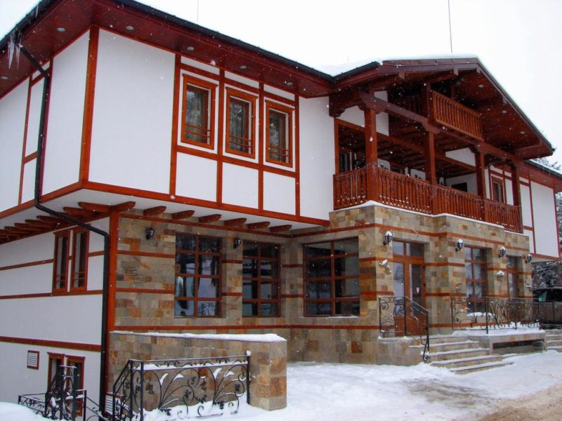 MERRYAN, PAMPOROVO (2)