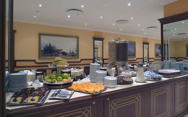 ASCOT HOTEL , SORENTO (1)