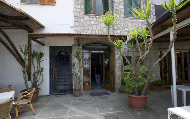 BAIA DI PUOLO HOTEL , SORENTO (1)
