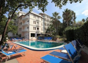 CARAVEL HOTEL , SORENTO (1)