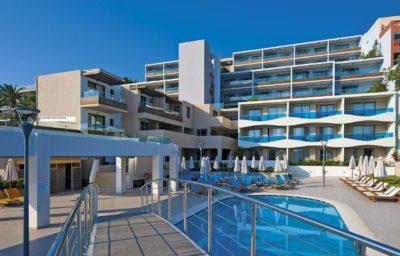 IOLIDA BEACH HOTEL, HANJA (1)