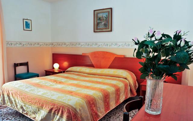 LONDRA HOTEL , SORENTO (1)