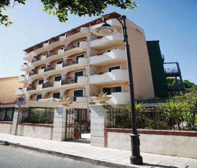 VILLA LINDA HOTEL , KATANIJA (1)