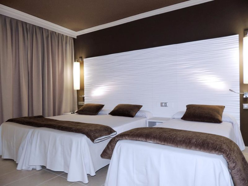 AUGUSTUS HOTEL ,KOSTA DORADA (1)